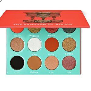 the saharan juvias place eyeshadow palette